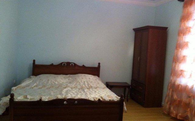 Отель Guest House on Zaryan 136 Ереван комната для гостей