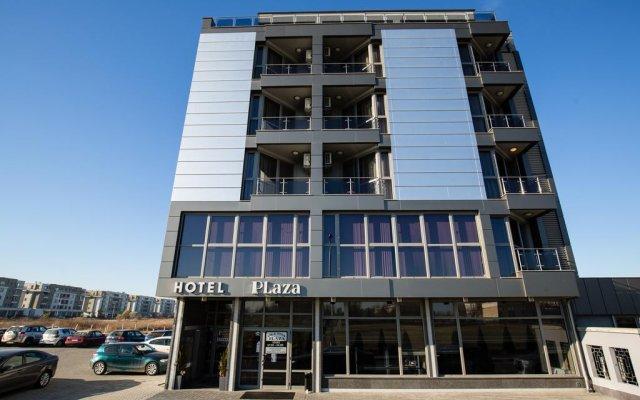 Plaza Hotel вид на фасад