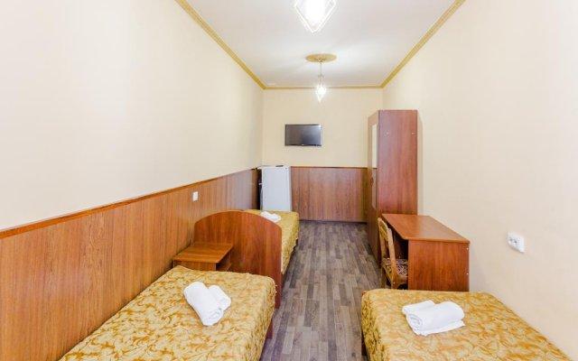 Гостиница Baza otdykha Plyazhniy poselok комната для гостей