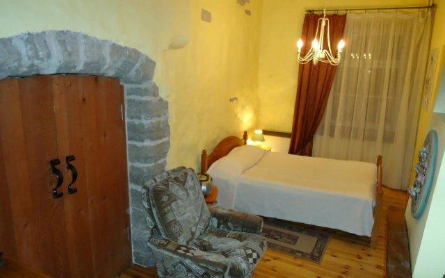 Отель Romeo Family Apartment - Studio Lai Эстония, Таллин - отзывы, цены и фото номеров - забронировать отель Romeo Family Apartment - Studio Lai онлайн комната для гостей
