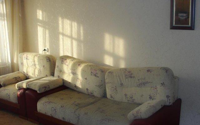 Апартаменты Apartments Near Railway Station Пермь комната для гостей