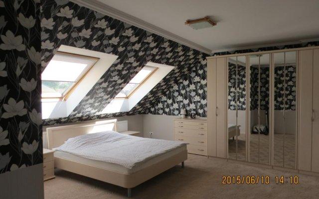 Апартаменты в Янтарном комната для гостей