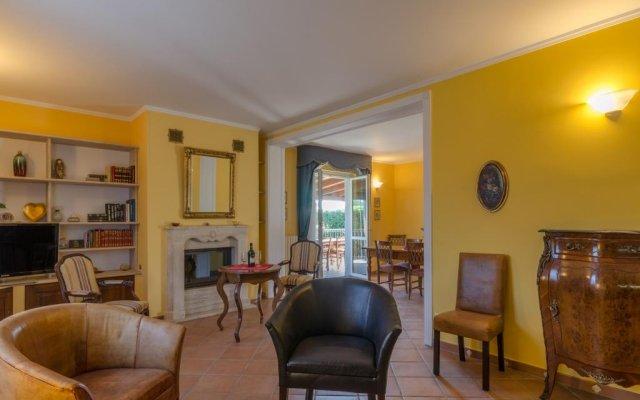 Отель Borgo Dragani Ортона комната для гостей