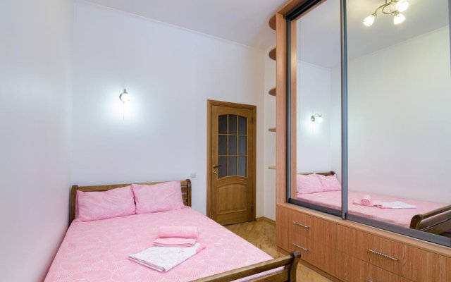 Гостиница Kniazia Romana 7 комната для гостей