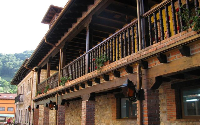 Hotel & Spa Maria Manuela вид на фасад