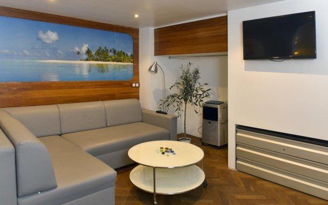 Апартаменты Design Apartments Budapest2 комната для гостей