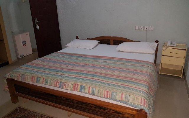Отель Dekka hotel Нигерия, Калабар - отзывы, цены и фото номеров - забронировать отель Dekka hotel онлайн комната для гостей