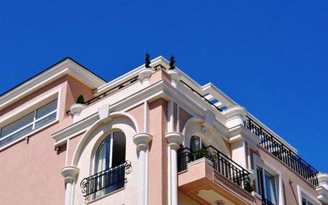 Отель Menada Sea Isle Apartments Болгария, Солнечный берег - отзывы, цены и фото номеров - забронировать отель Menada Sea Isle Apartments онлайн вид на фасад