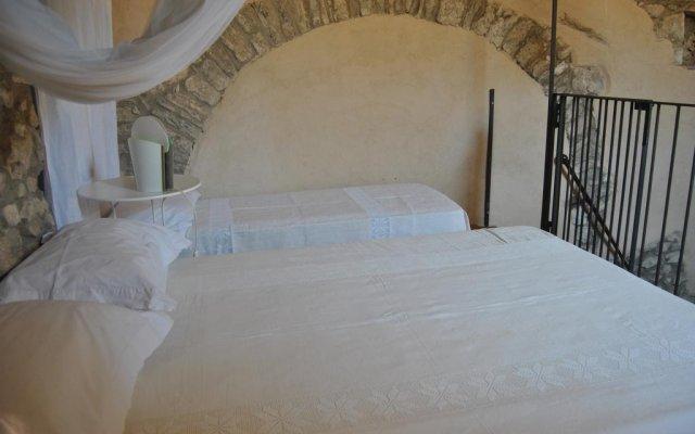 Отель Alla Cantina di Consari Сперлонга комната для гостей