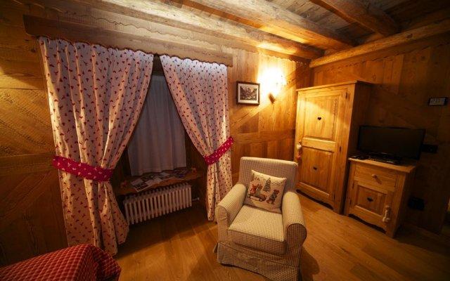 Отель La Maison Du Seigneur Ла-Саль комната для гостей