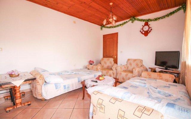 Отель Flats Gezimi Албания, Ксамил - отзывы, цены и фото номеров - забронировать отель Flats Gezimi онлайн комната для гостей