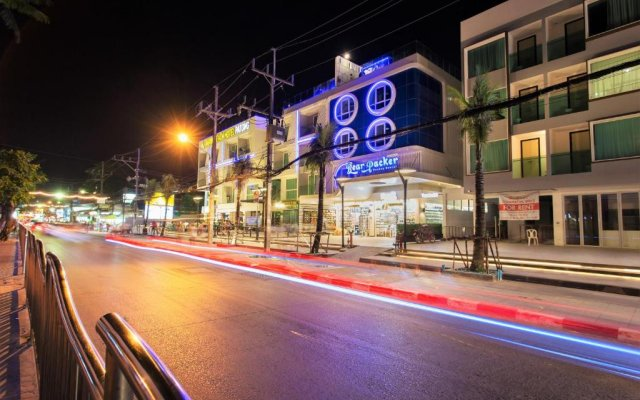 Bearpacker Patong Hostel Патонг вид на фасад