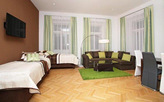 Отель Taurus 12 Прага комната для гостей