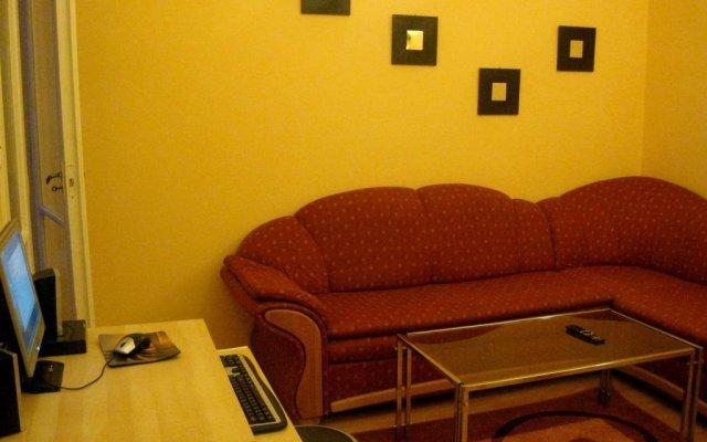 Anadin Female Hostel (хостел для женщин) удобства в номере