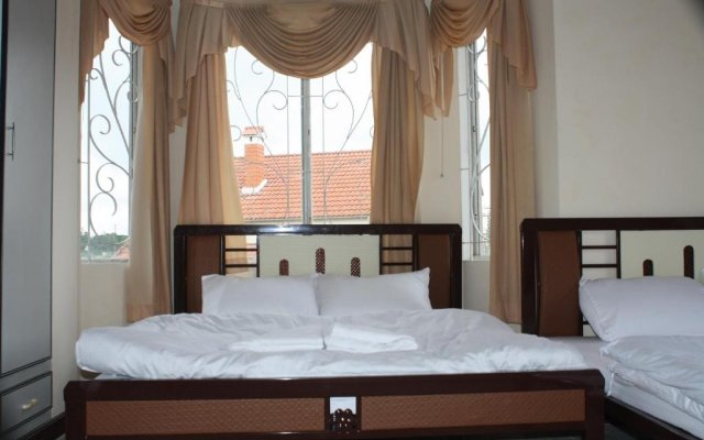 Отель Bich Ngoc Далат комната для гостей