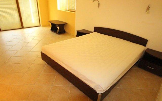 Апартаменты Menada Midia Apartments комната для гостей