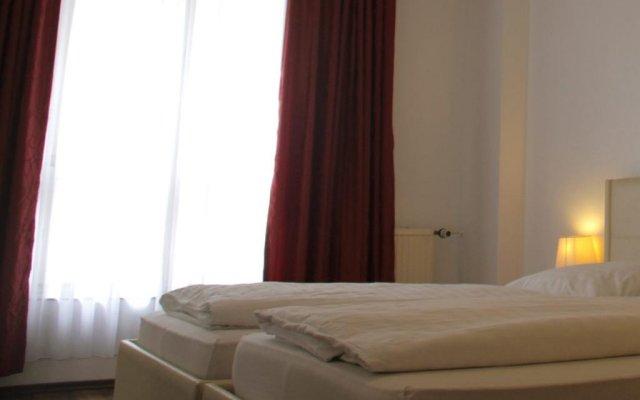 Отель Mitte Berlin am Alexanderplatz Германия, Берлин - отзывы, цены и фото номеров - забронировать отель Mitte Berlin am Alexanderplatz онлайн комната для гостей