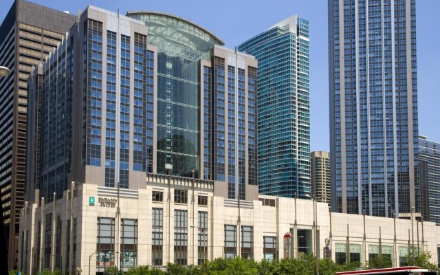 Embassy Suites Chicago Downtown Magnificent Mile 2