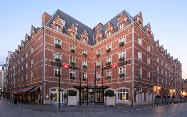 Отель Rocco Forte Hotel Amigo Бельгия, Брюссель - 1 отзыв об отеле, цены и фото номеров - забронировать отель Rocco Forte Hotel Amigo онлайн вид на фасад