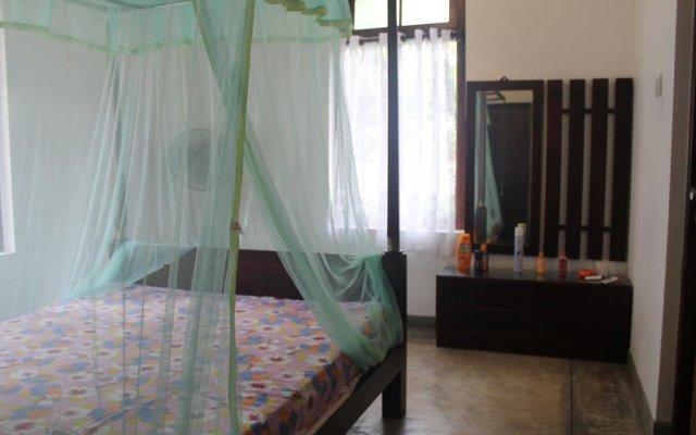 Отель Serene Holiday Bungalow комната для гостей