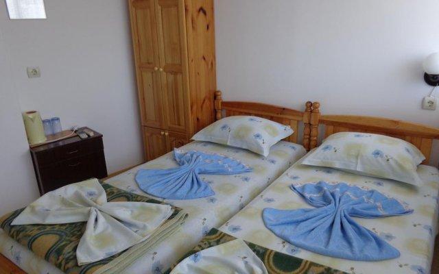 Отель Guest House Mariana Болгария, Балчик - отзывы, цены и фото номеров - забронировать отель Guest House Mariana онлайн комната для гостей