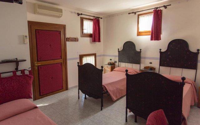 Отель Articiocco Каварцере комната для гостей