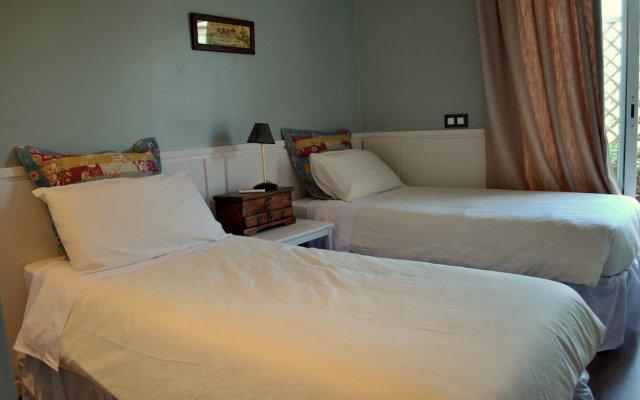 Отель Luxury Muntaner Plaza Барселона комната для гостей