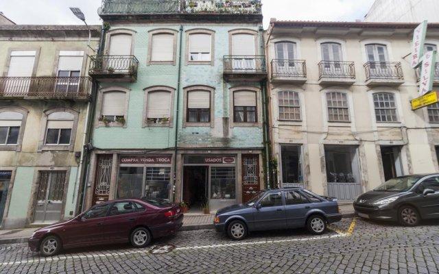 Отель Go2oporto Almada вид на фасад