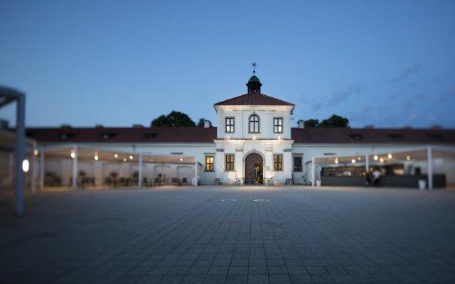 Отель Monte Pacis Литва, Каунас - отзывы, цены и фото номеров - забронировать отель Monte Pacis онлайн вид на фасад
