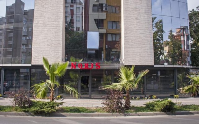 Hotel Noris вид на фасад