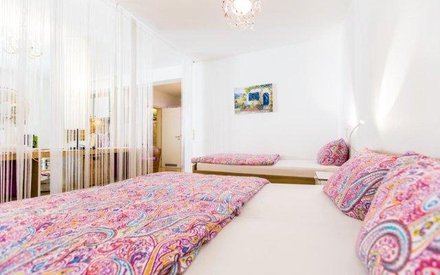 Апартаменты Apartment City - Deutz - Deutzer Brücke Кёльн комната для гостей