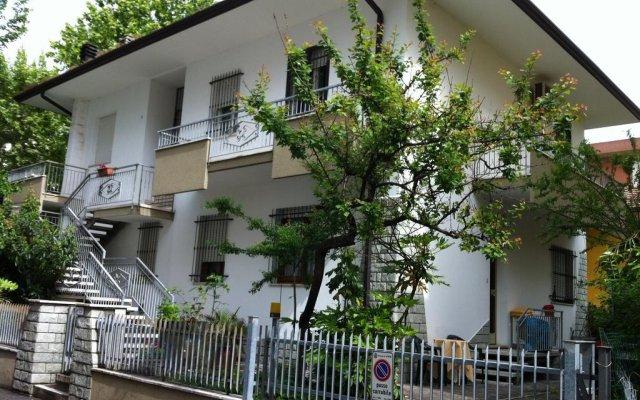 Отель Marconi 27 вид на фасад