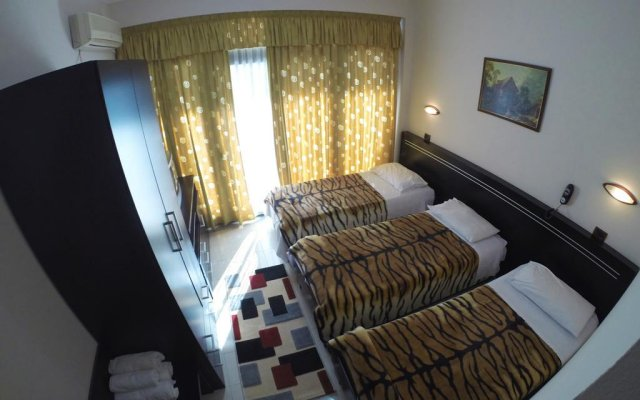 Bella Vista Hotel 2