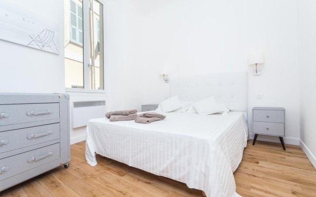 Отель Pont Vieux - 2 Chambres - Vieux Nice комната для гостей