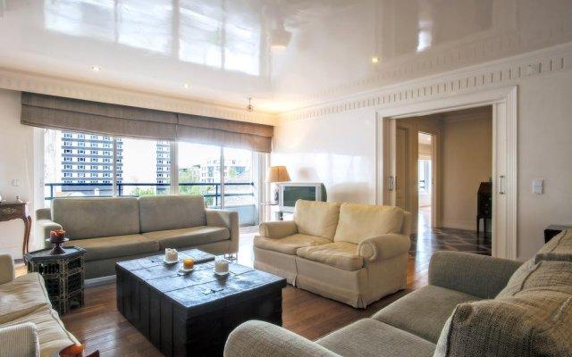 Апартаменты Portuguese Living Saldanha Prestige Apartments комната для гостей