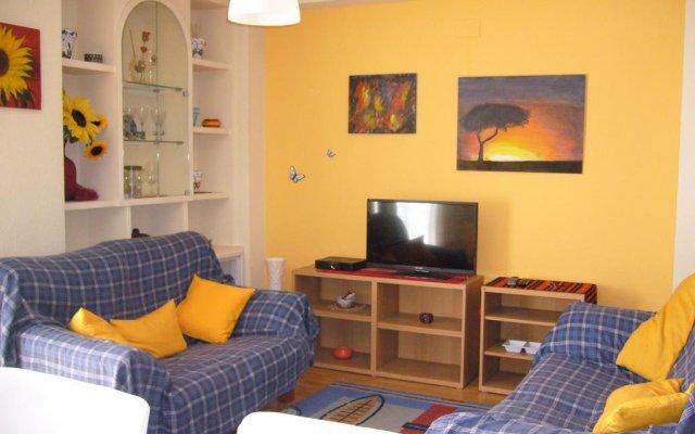 Отель Casa Alice Ла-Нусиа комната для гостей