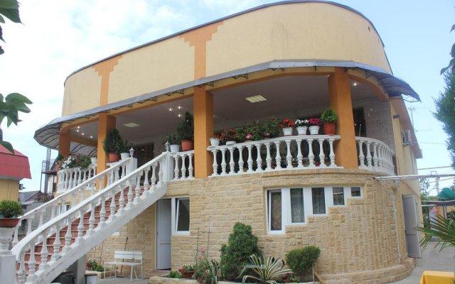 Гостевой Дом Есения вид на фасад