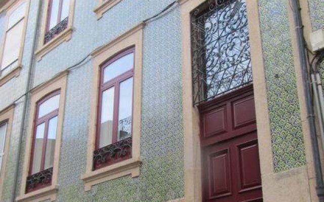Отель Callaeci вид на фасад