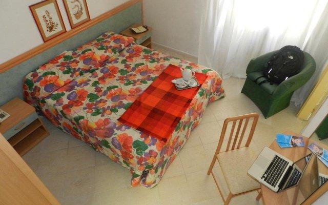 Отель Albergo Latina Фьюджи комната для гостей