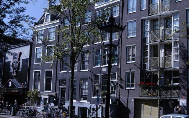 Hotel 83 Амстердам