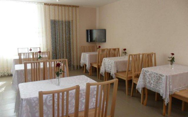 Гостиница Guest House 12 Mesyatsev Украина, Черноморск - отзывы, цены и фото номеров - забронировать гостиницу Guest House 12 Mesyatsev онлайн комната для гостей