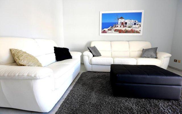 Апартаменты Case Sicule - Pietre Nere Apartment Поццалло комната для гостей
