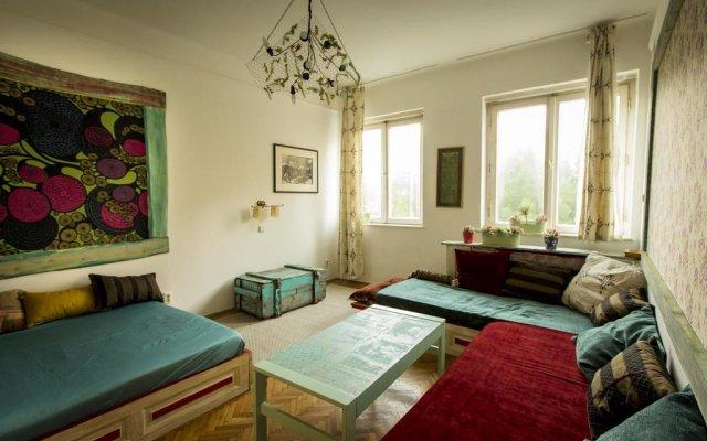 Отель Cosy Art Flat 2 комната для гостей