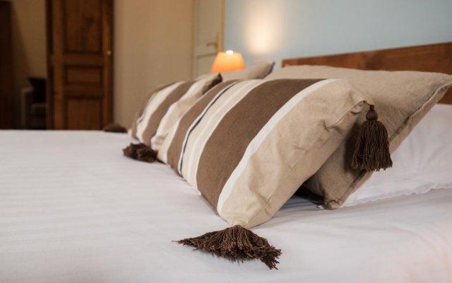 Отель Demeure des Girondins Франция, Сент-Эмильон - отзывы, цены и фото номеров - забронировать отель Demeure des Girondins онлайн комната для гостей