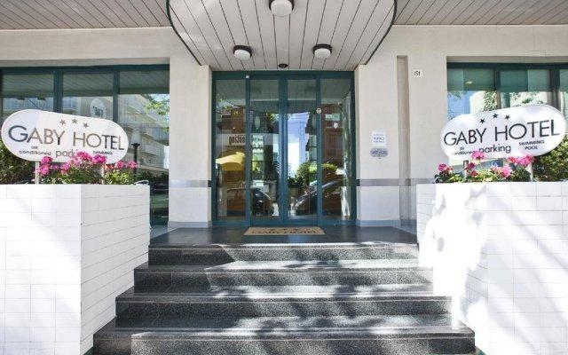 Отель GABY Римини вид на фасад