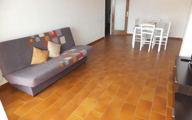 Отель J&v Jaume I Курорт Росес комната для гостей