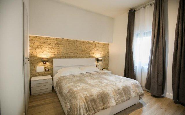 Отель J.R. Santa Maria Novella Luxury Rooms Италия, Флоренция - отзывы, цены и фото номеров - забронировать отель J.R. Santa Maria Novella Luxury Rooms онлайн комната для гостей