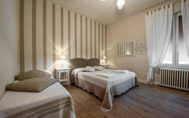 Отель B&B Lory's House Ареццо комната для гостей