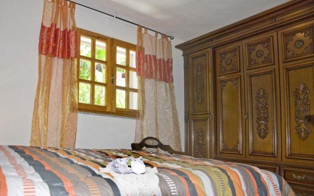 Отель Casa Vacanza In Baronia Синискола комната для гостей