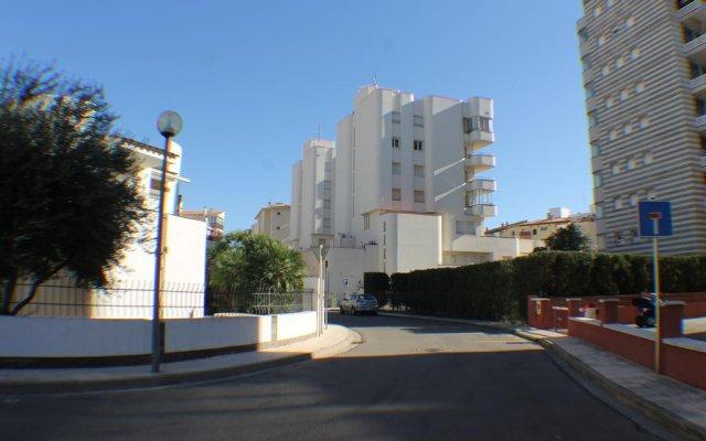 Отель Agi Drugstore Apartments Испания, Курорт Росес - отзывы, цены и фото номеров - забронировать отель Agi Drugstore Apartments онлайн парковка